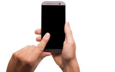 Odposlech a lokalizace mobilu